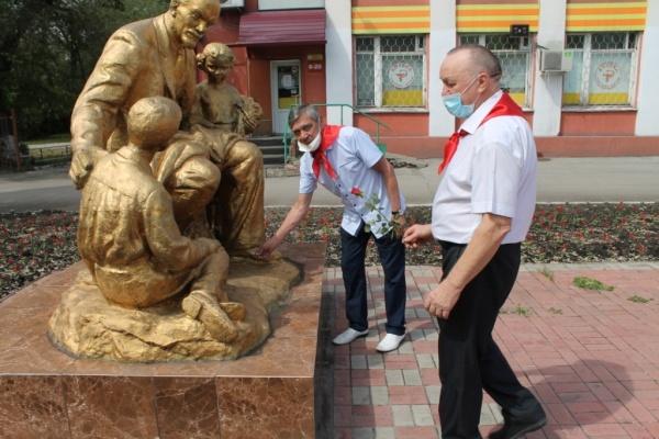 По традиции - к Ленину